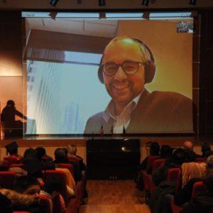 O κ.Τουλής Παναγιώτης, σε βιντεοκλήση από το Πανεπιστήμιο του Chicago.